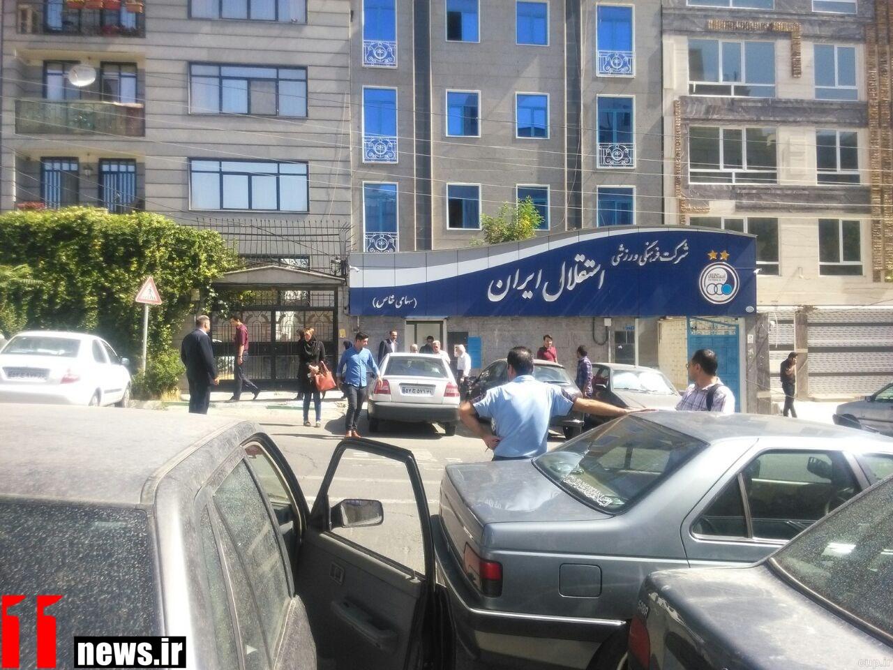 کتککاری،شکستن بینی و تهدید به قتل مقابل باشگاه استقلال!