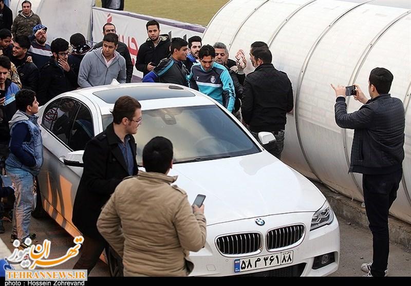 ماشین BMW سفید مهدی رحمتی + عکس