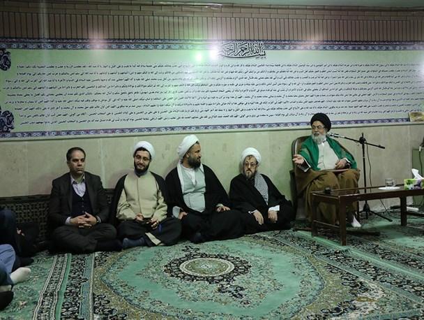 آخرین جلسه درس اخلاق امام جمعه شهرگلستان در سال ۹۵ برگزار گردید + تصاویر