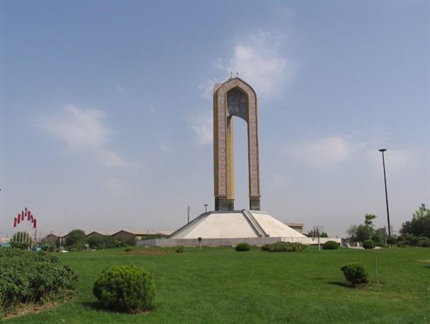 تقاطع غیرهمسطح و بریدگی، راه حل ترافیک میدان نماز اسلامشهر +تصاویر