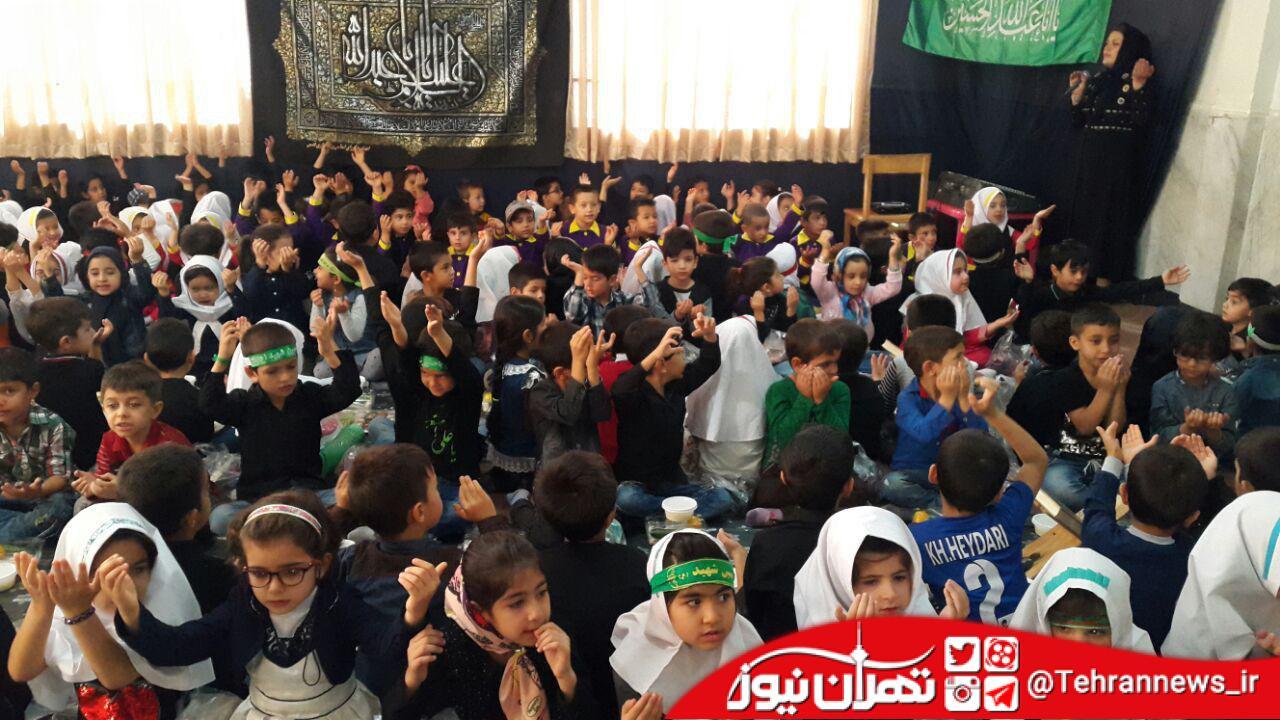 عزاداری کودکان در روز اربعین حسینی+ تصویر
