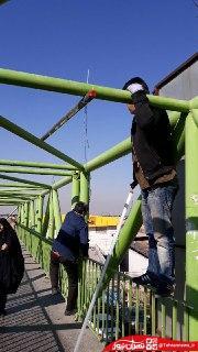 تامین روشنایی پل عابر پیاده ایستگاه مترو کهریزک