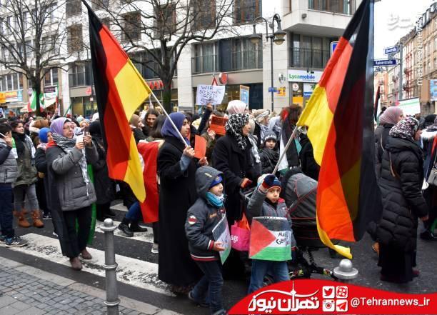تصاویر/ ادامه تظاهرات ضد ترامپ در آلمان