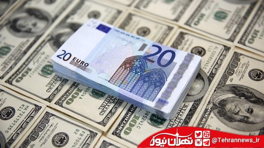 دلار و یورو فقط روی تابلوی صرافیها!