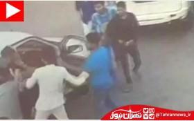 جنجال خیابانی یک آقازاده/ پسر وزیر راننده را زیر باد کتک گرفت
