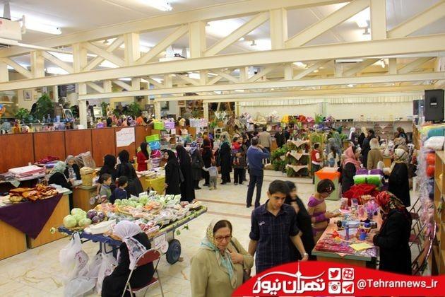 برپایی بازارچههای زنان کارآفرین و سرپرست خانوار