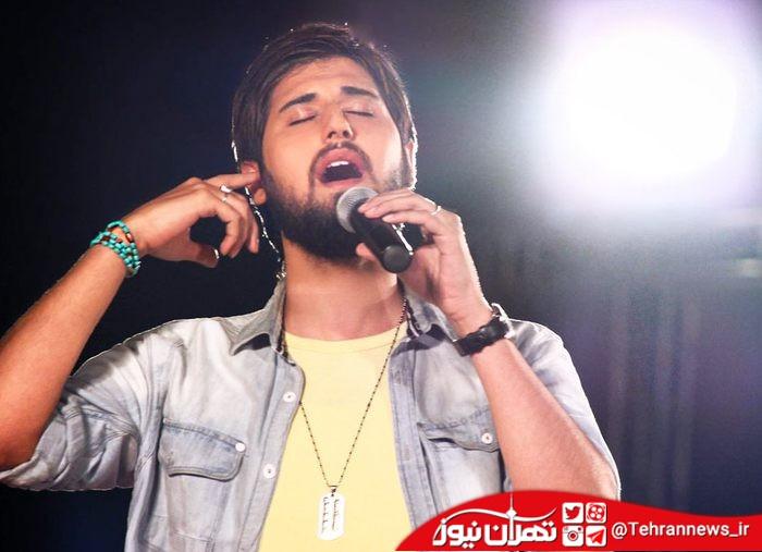 سوتی جنجالی حامد زمانی در اجرای زنده!