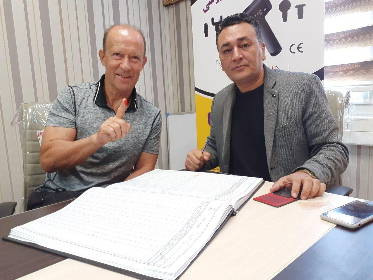 قرارداد کالدرون و رسن با پرسپولیس رسمی شد + عکس