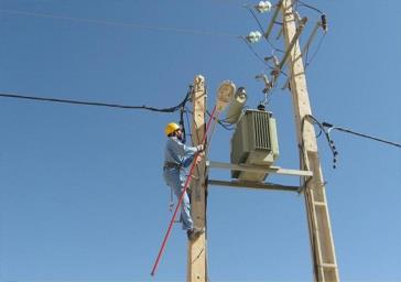 تبدیل هفت کیلومتر شبکه سیم مسی برق به کابل خود نگهدار در پیشوا