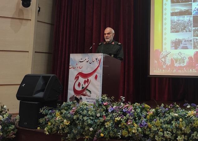راه و منش امام امت و رهبر انقلاب احترام به آرای مردم است