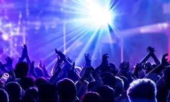 بلوای کرونا تا بلیتهای نجومی در کنسرتهای تابستان ترکیه/ خوانندگان ایرانی گرانتر از بهترینهای جهان