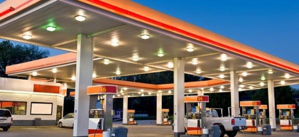 نکات بهداشتی هنگام سوختگیری در پمپبنزین