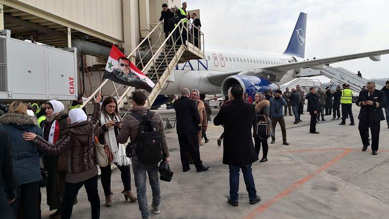 فرودگاه حلب پس از هشت سال دوباره شروع به کار کرد