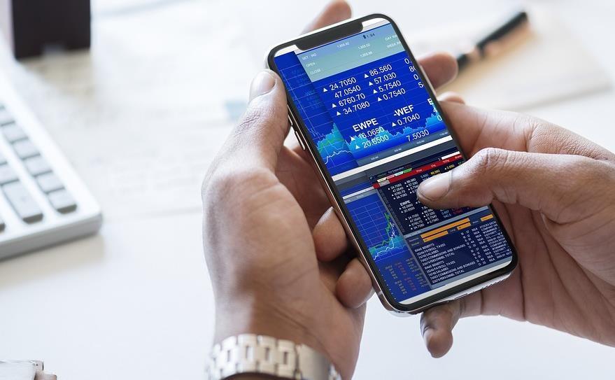 رکوردشکنی عجیب هندیها در استفاده از نرمافزارهای تلفن همراه