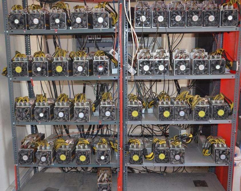 کشف ۲۴۹ دستگاه استخراج ارز دیجیتال در شهریار
