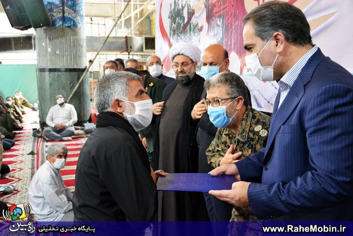 تجلیل از جانبازان و ایثارگران شاخص شهریار در نماز جمعه