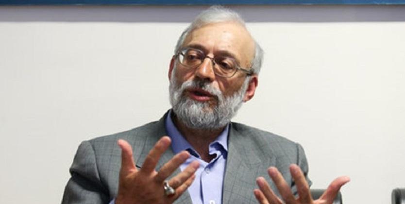 لاریجانی:روحانی غل و زنجیر برجامی را باز کند