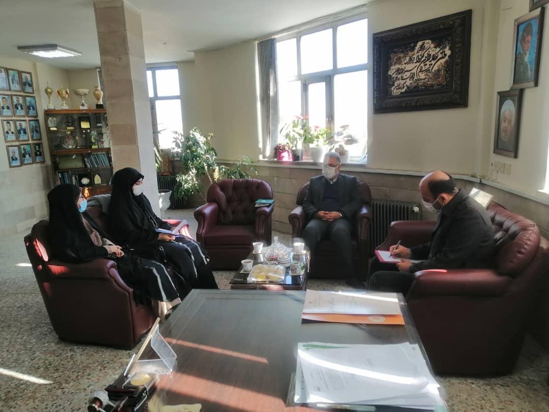 لزوم رسیدگی به بحث امور تحصیلی فرزندان شاهد و ایثارگر در فیروزکوه