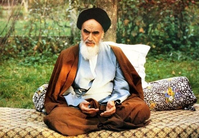 آزاده زرتشتیای که با دیدن خواب امام خمینی (ره) مسلمان شد