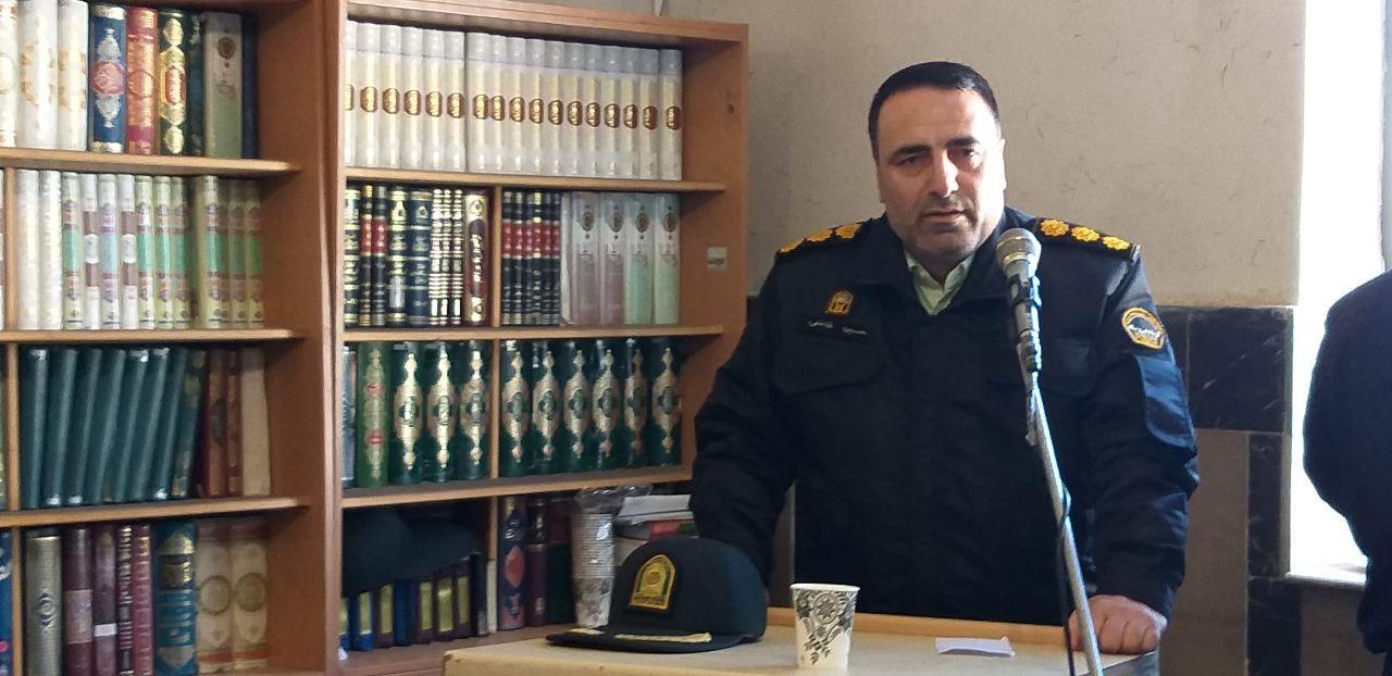 سارق گوشیهای تلفن همراه در دماوند دستگیر شد