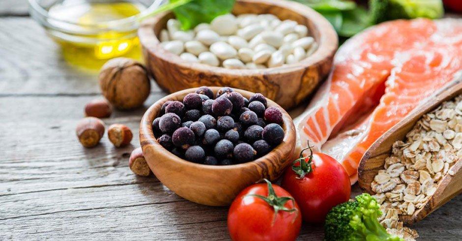 کنترل چربی خون را با تغذیه سالم جدی بگیرید!