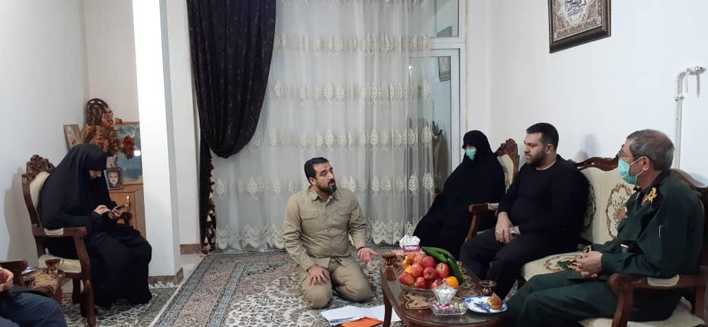 دیدار سردار ذوالقدر با خانواده شهید حاج ابوالقاسمی