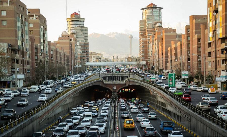ترافیک سنگین در ۶ معبر بزرگراهی تهران